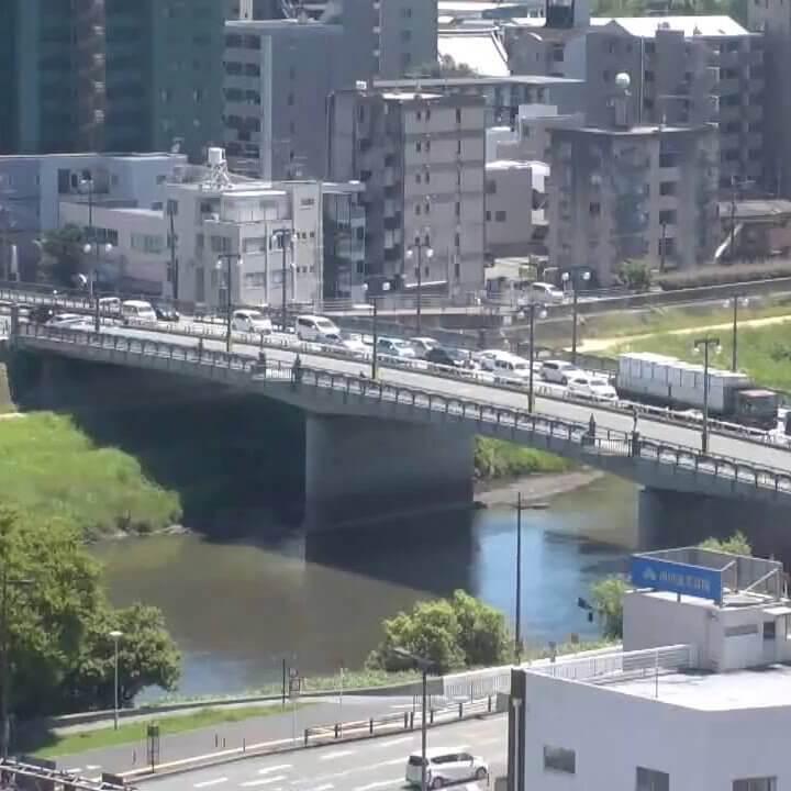 熊本市内(白川・長六橋方面)のライブカメラ|熊本県熊本市