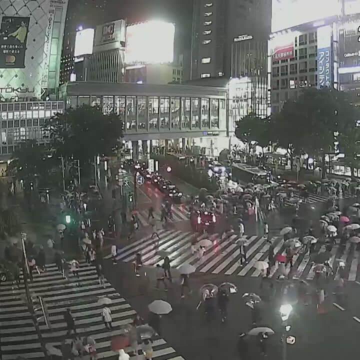 渋谷スクランブル交差点のライブカメラ・東京都渋谷区