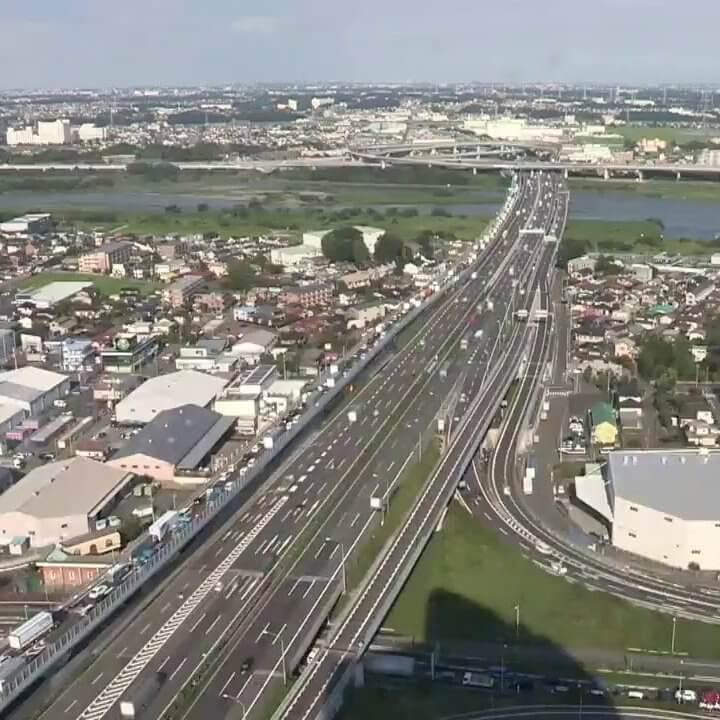 東名高速道路厚木インターチェンジのライブカメラ|神奈川県厚木市