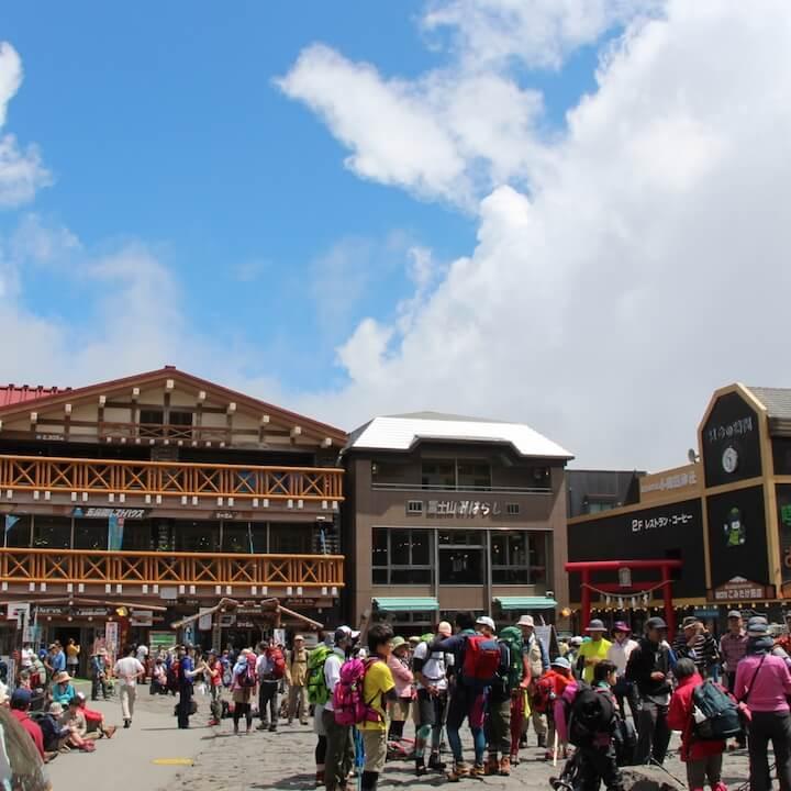 富士山五合目登山道のライブカメラ・山梨県鳴沢村