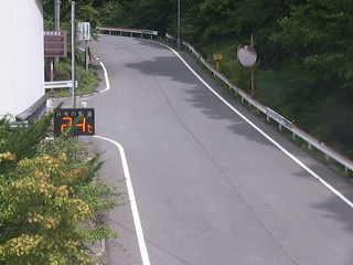 群馬県道43号初鳥屋橋付近のライブカメラ|群馬県下仁田町