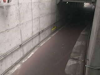 小桑原地下道(歩行者・自転車用道路)のライブカメラ・群馬県館林市