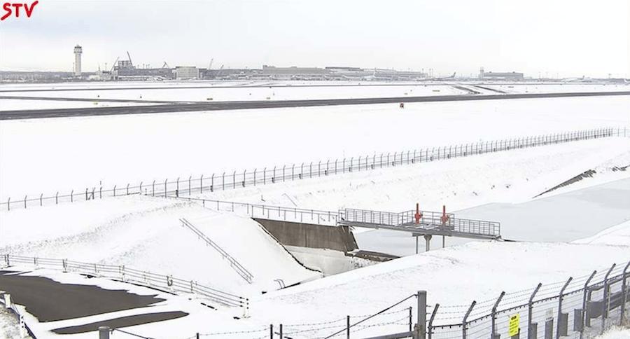 新千歳空港滑走路(東側)のライブカメラ|北海道千歳市