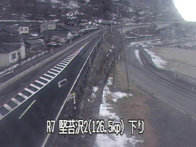 国道7号堅苔沢のライブカメラ|山形県鶴岡市
