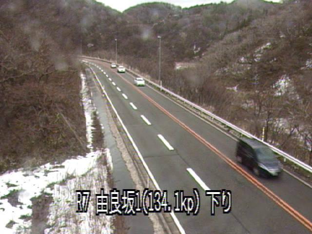 国道7号由良坂1のライブカメラ|山形県鶴岡市
