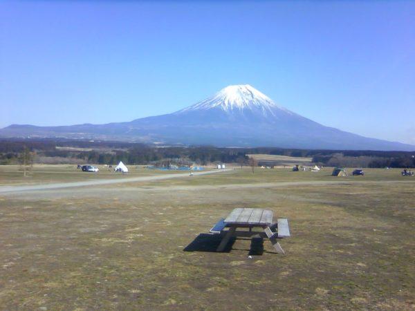 ふもとっぱらから富士山のライブカメラ|静岡県富士宮市