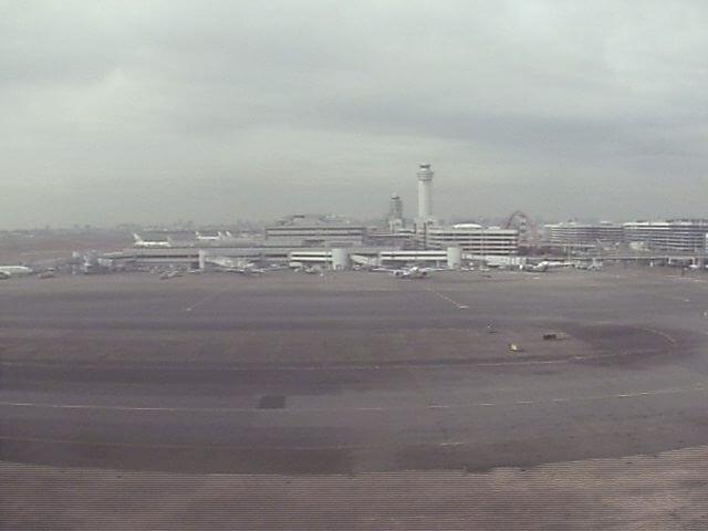 JAL羽田空港(東京国際空港)2番のライブカメラ|東京都大田区