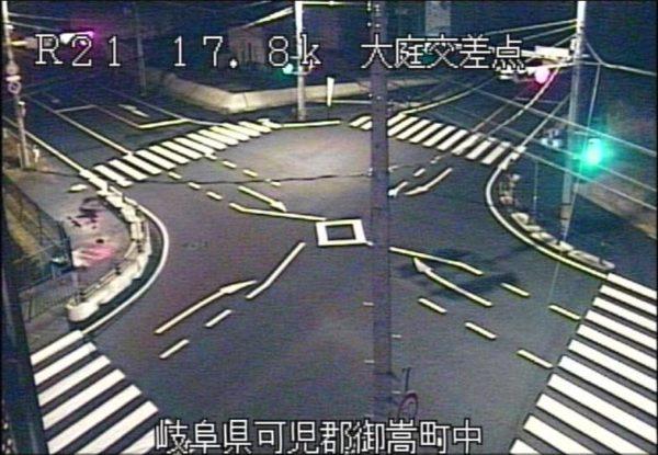 国道21号 大庭交差点のライブカメラ|岐阜県御嵩町