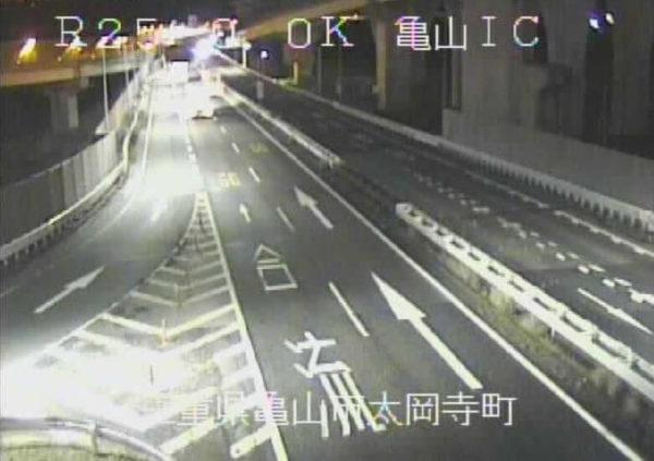 国道25号 亀山インターチェンジのライブカメラ|三重県亀山市