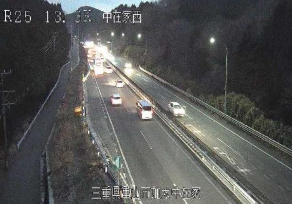 国道25号 中在家西のライブカメラ|三重県亀山市
