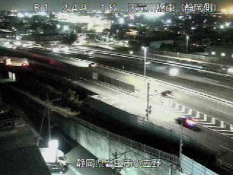 国道1号 天竜川橋東のライブカメラ|静岡県磐田市
