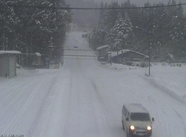 国道292号 上林除雪ステーションのライブカメラ|長野県山ノ内町