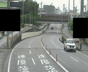 愛媛県道11号 新居浜角野線JRアンダー南のライブカメラ|愛媛県新居浜市