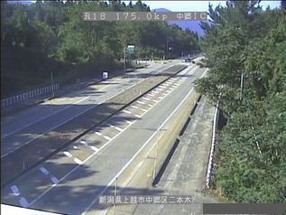 国道18号 上越市中郷インターチェンジのライブカメラ|新潟県上越市