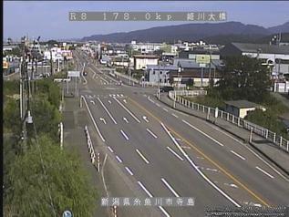国道8号 糸魚川市姫川大橋のライブカメラ|新潟県糸魚川市
